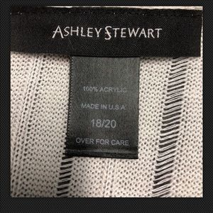Ashley Stewart Sweaters - Women's Plus Blouse Sweater Size 2XASHLEY STEWART